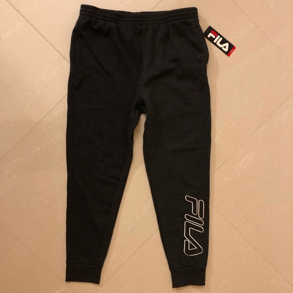 3f5b46fa3125 Fila s Frances sweatpants
